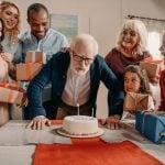 5 gode fødselsdagsgaver til bedstefar